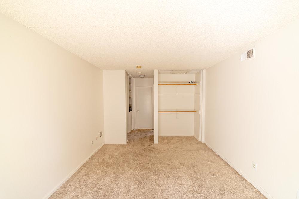 2104 - Nathaniel Pitchon-Getzels - 10210 Oklahoma Ave-12.jpg