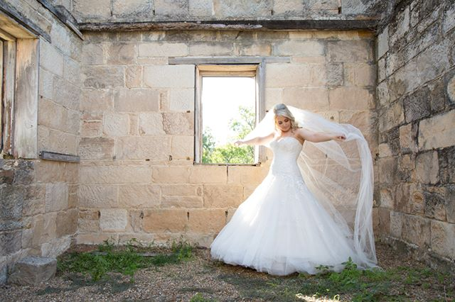 Listen to the wind, it talks. Listen to the silence, it speaks. Listen to your heart, it knows.  #beautifulbrides #suffolkbrides #weddingdress #flyingveil #afterno#afternoondelight #bridesobeautiful #ukbrides #ukweddingphotographer