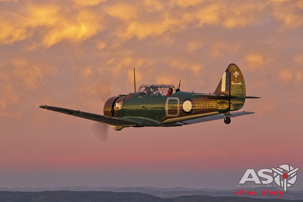 Mottys-Paul-Bennet-Airshows-Wirraway-VH-WWY-A2A-0390-ASO.jpg