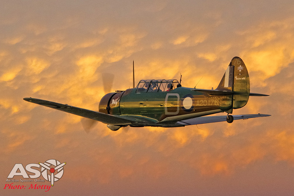 Mottys-Paul-Bennet-Airshows-Wirraway-VH-WWY-A2A-0040-ASO.jpg