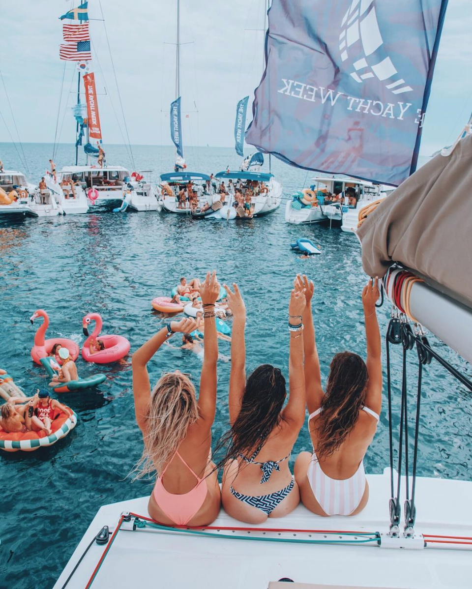@THEYACHTWEEK