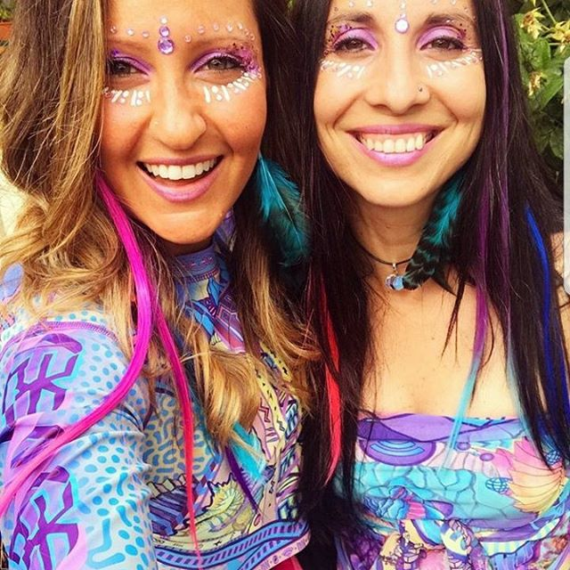 💙💜 Double dazzle with these two beauties channelling that NXK pastel magic in full Logic Lattice get up ! 💜💙 #NXK #nixikillick #colourtribe #pastel #seapunk #rainbow #kawaii