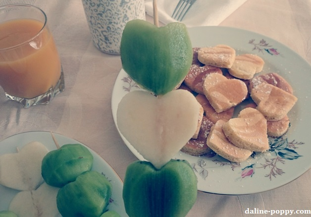 pancakes fruits valentines day