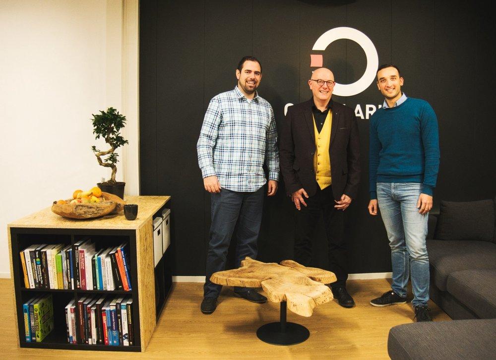 David Peck with the founders of Circularise, Jordi de Vos (left) and Mesbah Sabur (right).