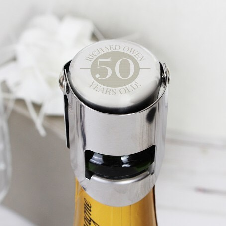 🥂🍾Go to our Bio to shop this fabulous gift!🍾Our personalised Big Number Stainless Steel Bottle Stopper ensures the airtight closure of champagne bottles and wine bottles that use corks. It's perfect as a unique and thoughtful gift for birthdays and anniversaries. Works equally well on Prosecco, Champagne and sparking wine #champagne #birthday #prosecco #gift #insideparadisenantwich #nantwich #cheshire