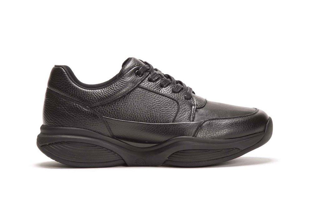 SWX6 - Koot: 39 - 45Väri: Musta229 €