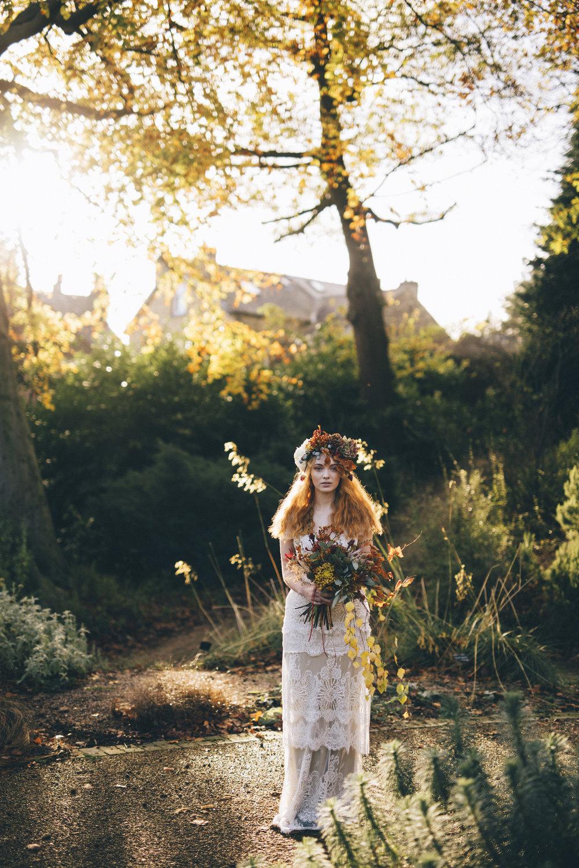 Autumn-Leaves-Shelley-Richmond-Kate-Beaumont-Sheffield-2.jpg