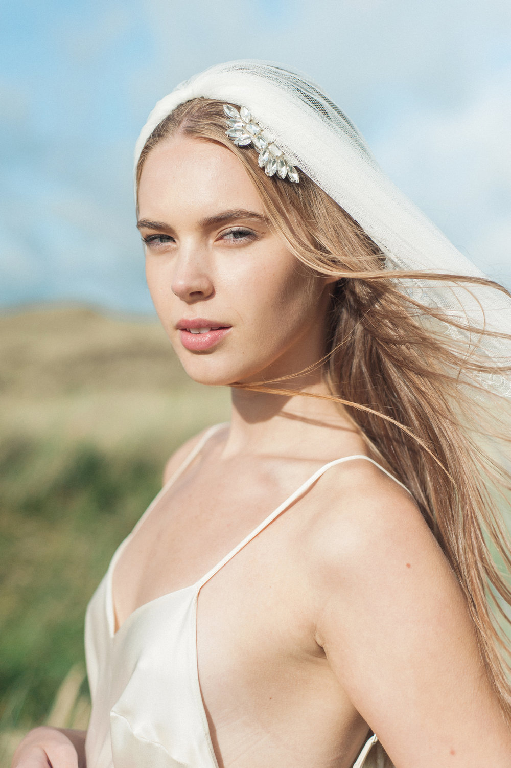 Kate-Beaumont-Wedding-Dresses-Formby-Beach-Emma-Pilkington-10.jpg