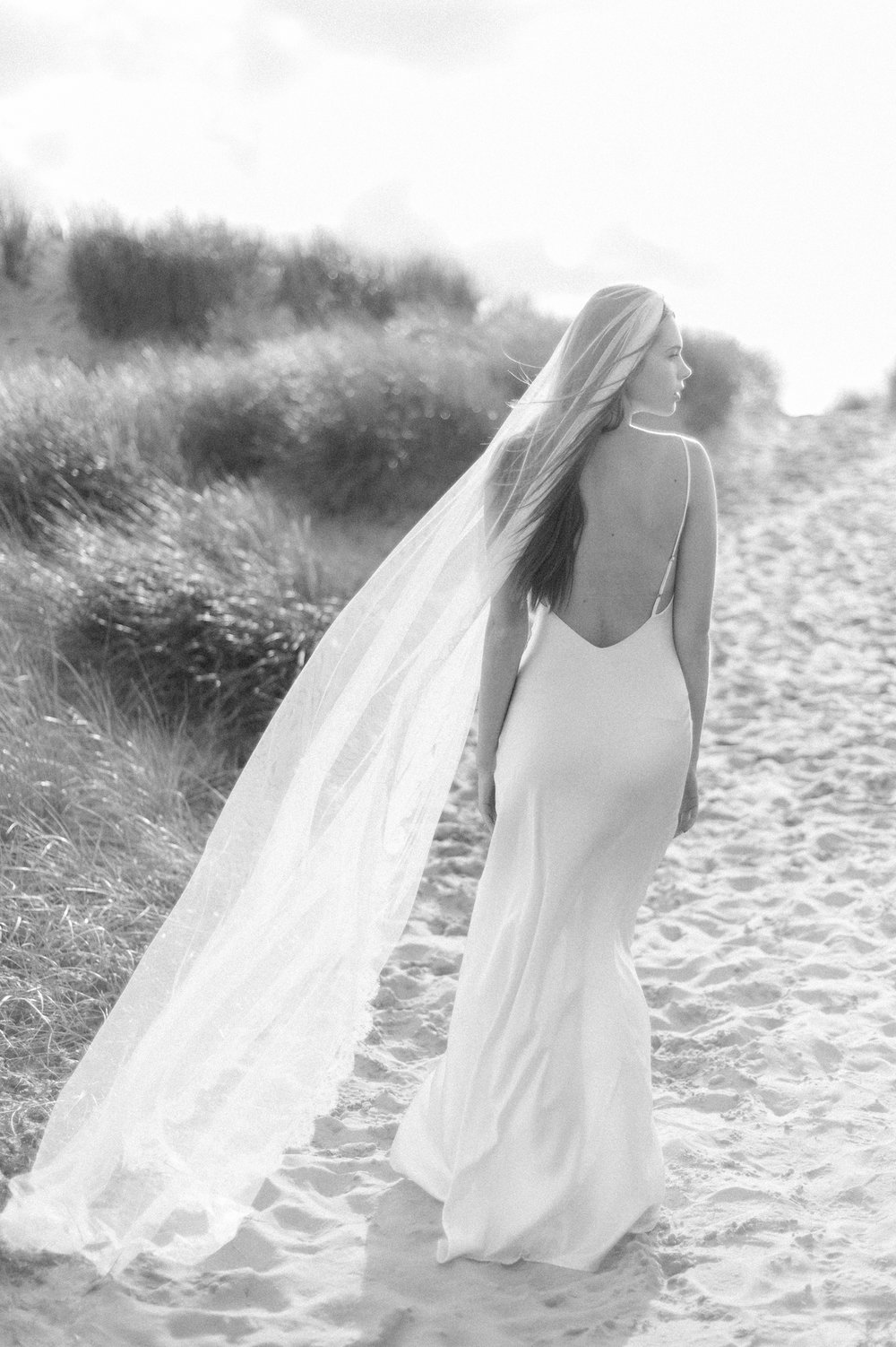 Kate-Beaumont-Wedding-Dresses-Formby-Beach-Emma-Pilkington-12.jpg