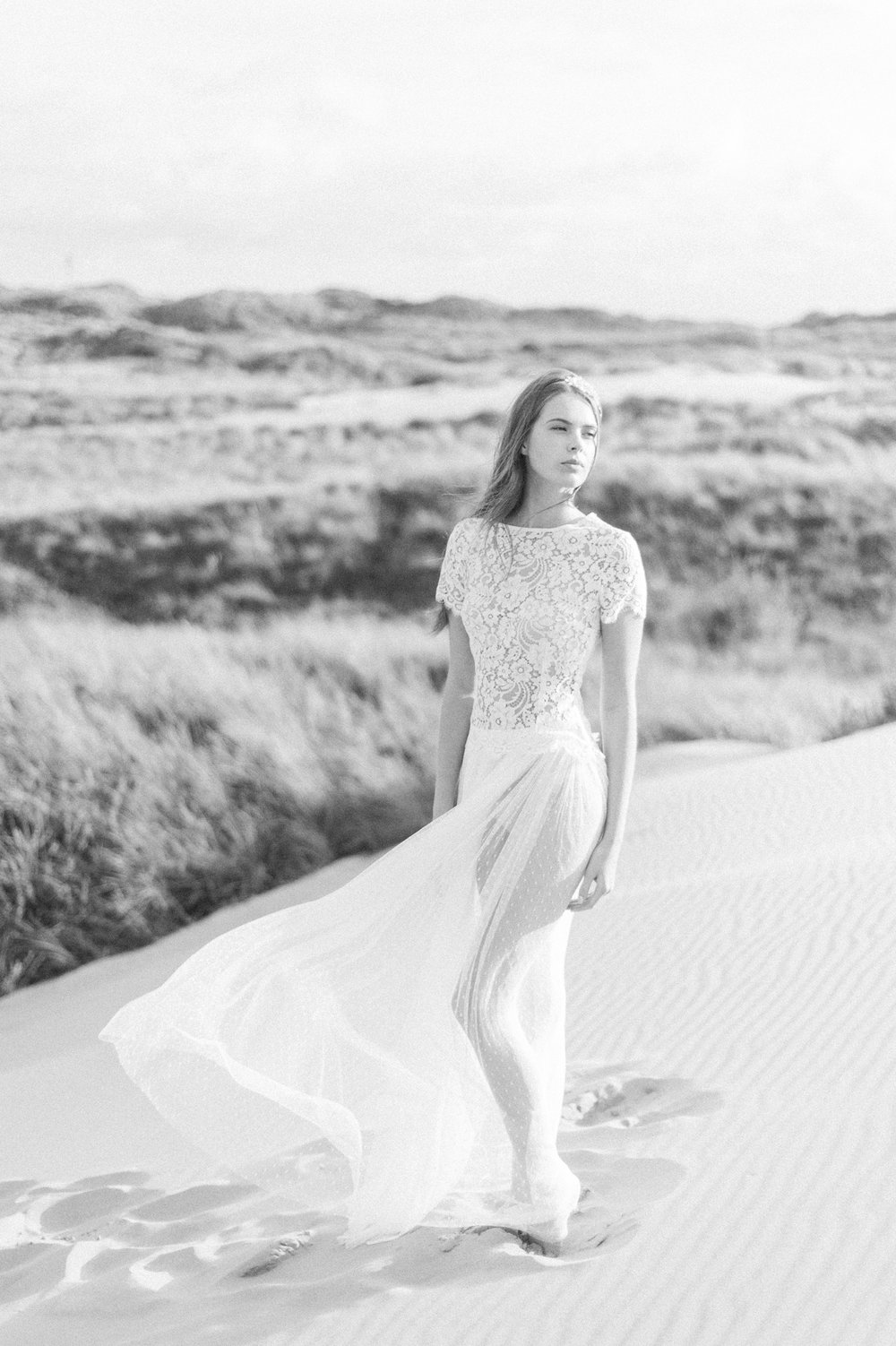 Kate-Beaumont-Wedding-Dresses-Formby-Beach-Emma-Pilkington-14.jpg