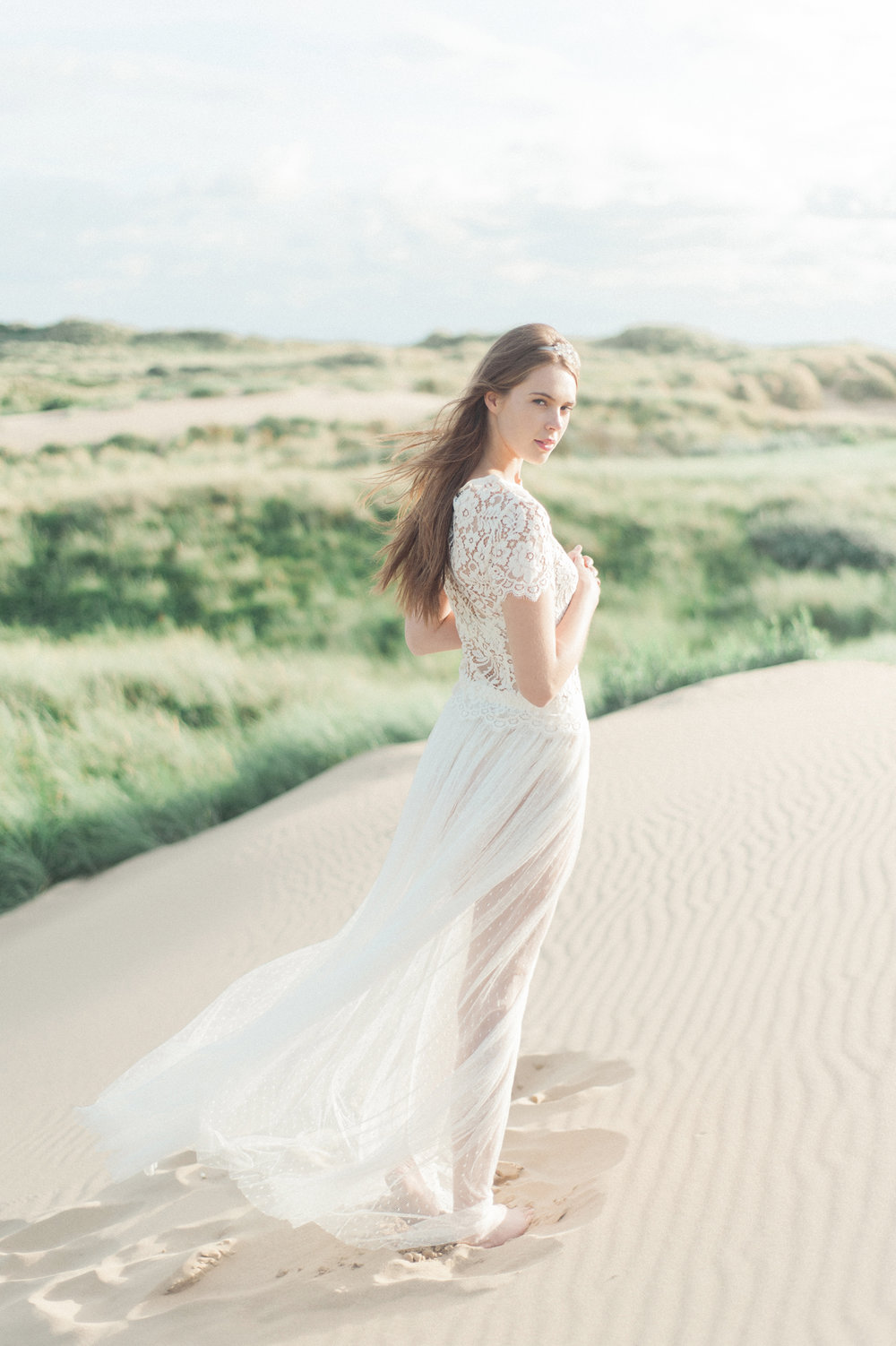 Kate-Beaumont-Wedding-Dresses-Formby-Beach-Emma-Pilkington-15.jpg