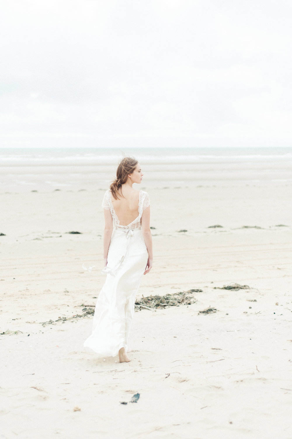 Kate-Beaumont-Wedding-Dresses-Formby-Beach-Emma-Pilkington-40.jpg
