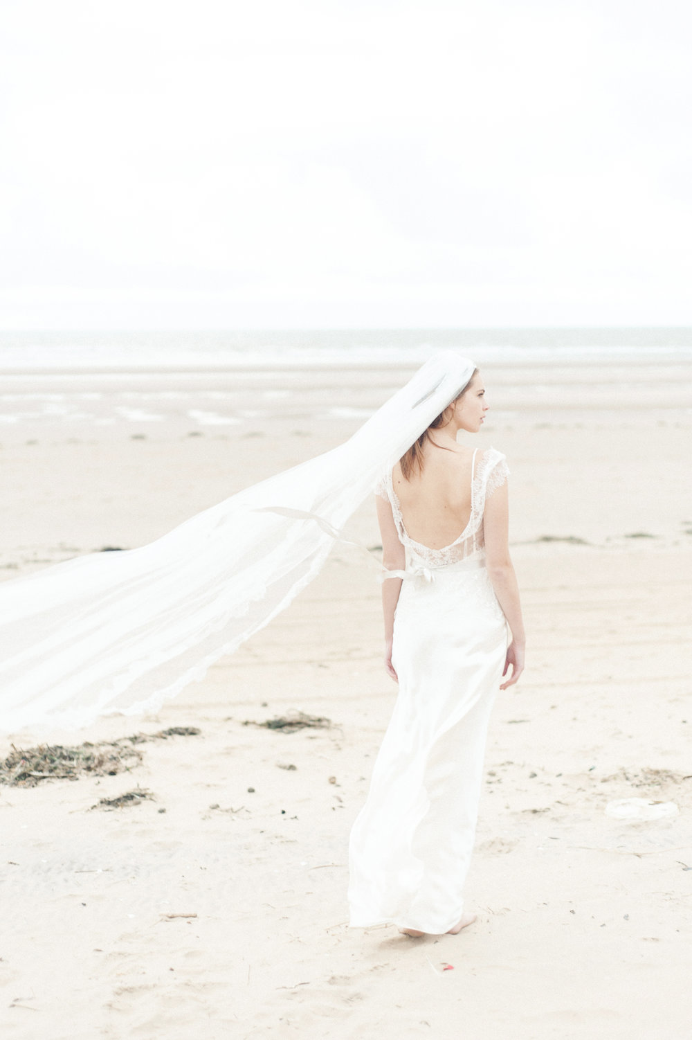 Kate-Beaumont-Wedding-Dresses-Formby-Beach-Emma-Pilkington-44.jpg
