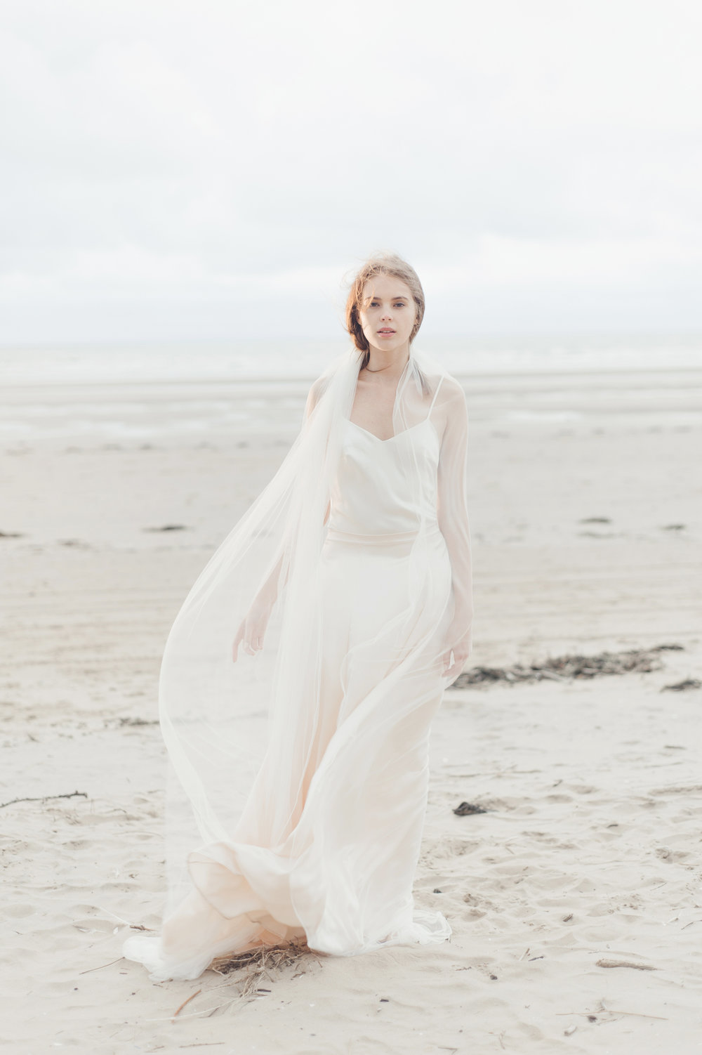 Kate-Beaumont-Wedding-Dresses-Formby-Beach-Emma-Pilkington-45.jpg