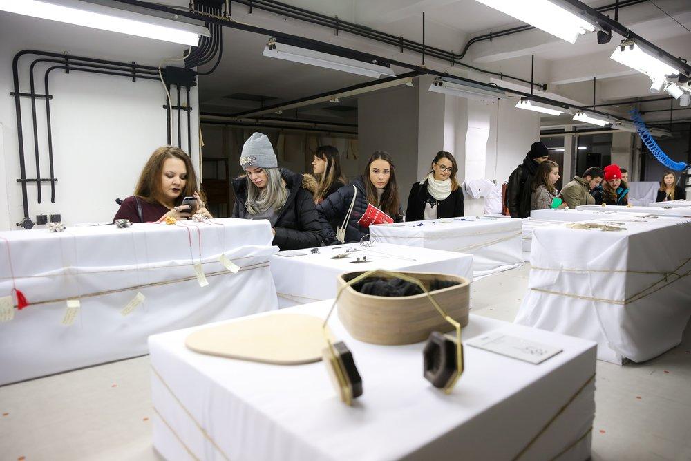 Zain 2016 Casa de Moda expozitie bijuterii accesorii.jpg