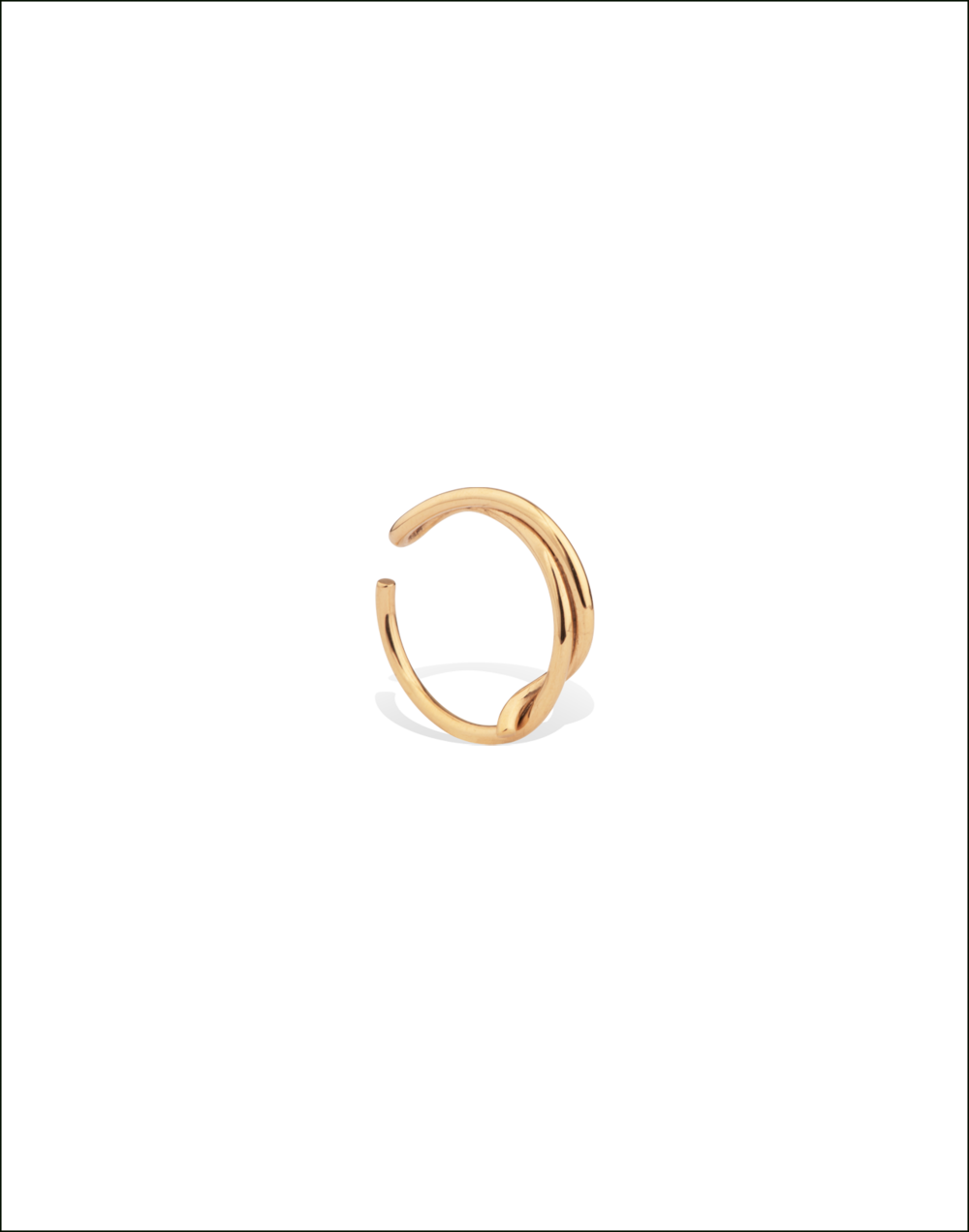 Completedworks-Ear-Cuff-Gold-Vermeil-Statue-of-a-Couple-1-1.png