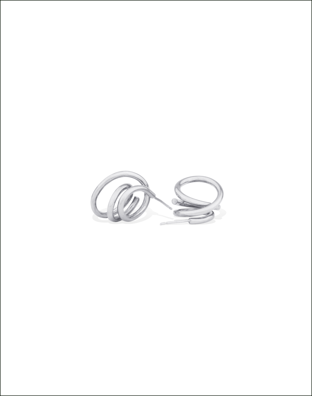 Completedworks-Earrings-Silver-Flow-4-1.png