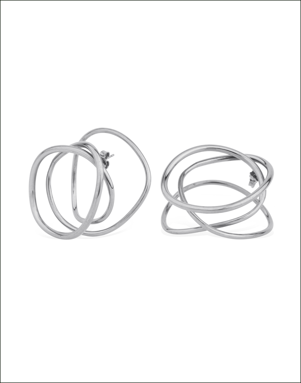 Completedworks-Earrings-Silver-An-Interval-Between-Thunderstorms-4-1.png