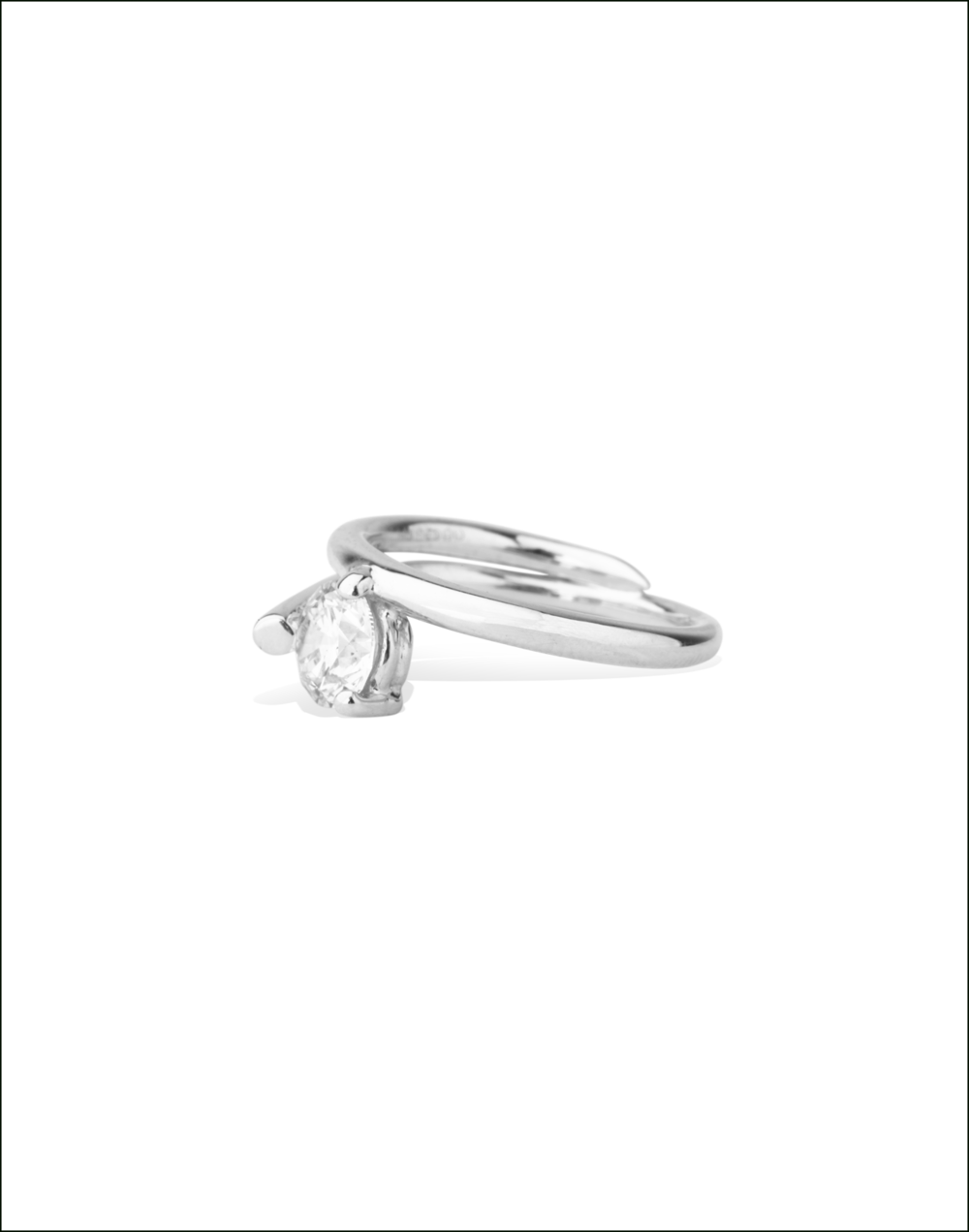 Completedworks-Subverted-Flower-Bridal-Ring-WHITE-GOLD-3-1.png