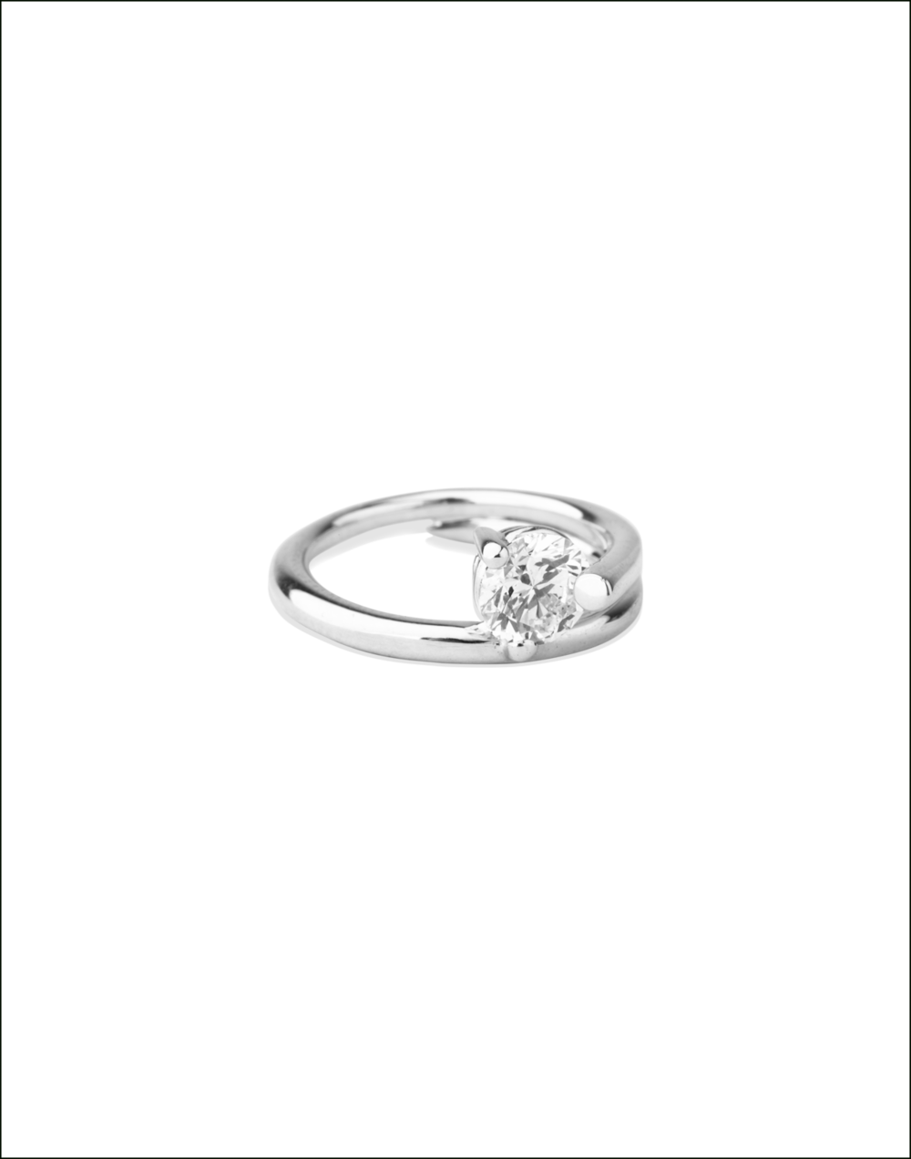 Completedworks-Subverted-Flower-Bridal-Ring-WHITE-GOLD-4-1.png