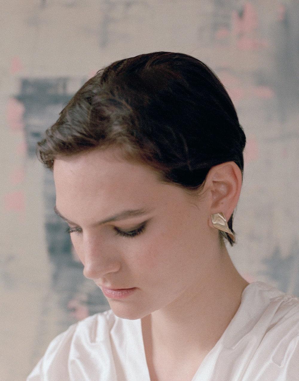 Gold-Diamond-Earrings-Memories-of-Water-Completedworks-Fine-Jewellery-21-1.jpg