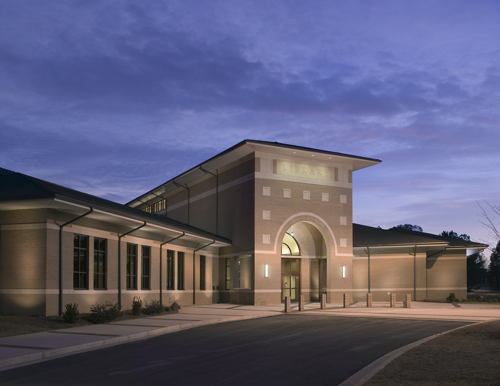Coweta County Central Library (M) Branch -
