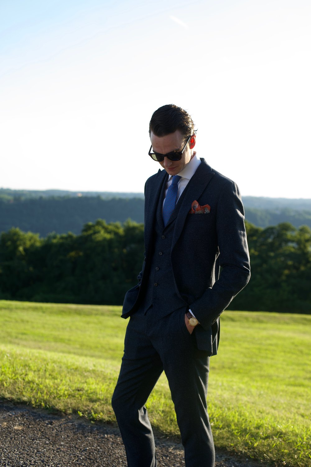 SUITING & Outerwear -