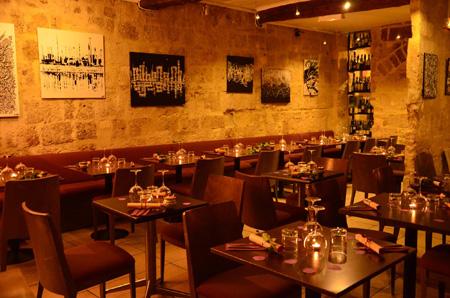 Restaurants - Les ruelles du vieux Montpellier fourmillent de nombreux restaurants, l'équipe de montpellierfreetour vous explique ou sortir pour trouver la table qu'il vous faut.