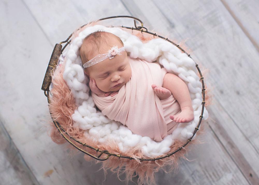 Soddy Daisy TN newborn photographer