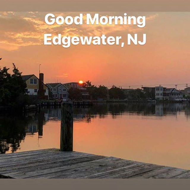 Good Morning Edgewater, NJ!!! Produce shopping starts at 8am - come early (early bird gets the good stuff)! #edgewaterfarmersmarketnj #edgewaternj #farmersmarket #northernnj #fresh #local #produce #farmtotable #buylocal
