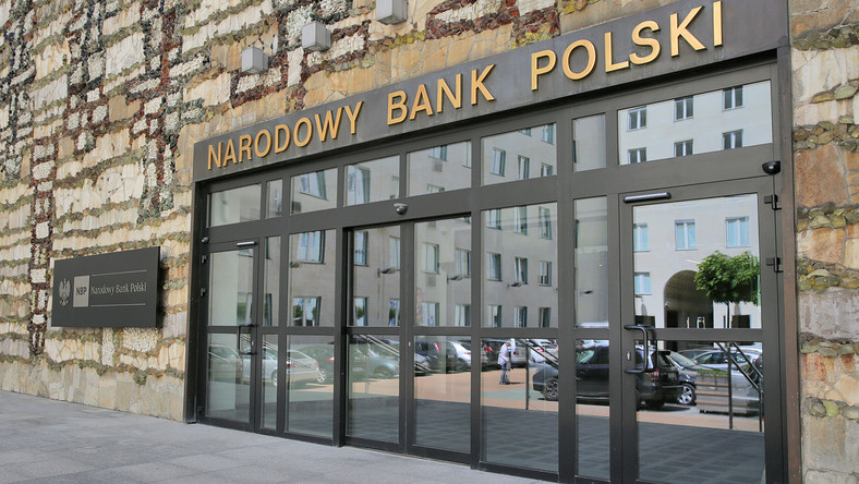 Poland's central bank admits to using taxpayer money for campaigns against cryptocurrency