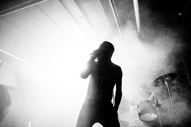 @videonastiesuk absolutely smashing it in the @o2academyliverpool last night supporting @orangegoblin1  Shot on behalf of @getintothishq  #concertphoto #concertphotographer #musicphoto #musicphotography #gigphotography #livemusicphotography #onstage #ontour #bestmusicshots #liveauthentic #shows #musiclover #musicblogger #fujifilmxt3 #xt3 #fujifilm #acros