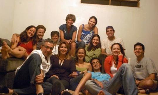 2008 - Theos Place inició hace 10 años con 12 personas con un corazón dispuesto y con el anhelo de compartir las buenas noticias con familiares y amigos.
