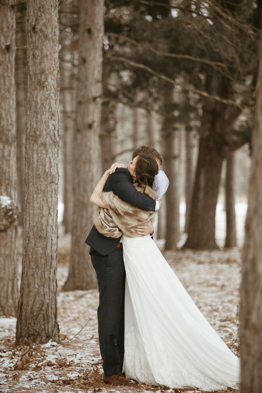 Dahli_Durley_Winter_WeddingDay.jpg