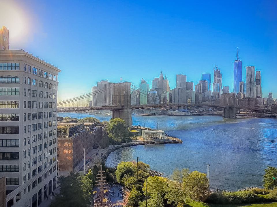 A VIEW FROM MANHATTAN BRIDGE. PHOTO: LUCAS COMPAN