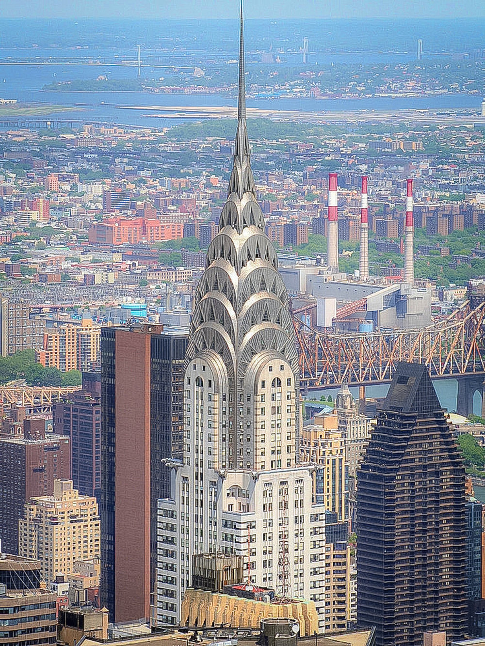 chrysler building from the empire state building observatory. photo: lucas compan