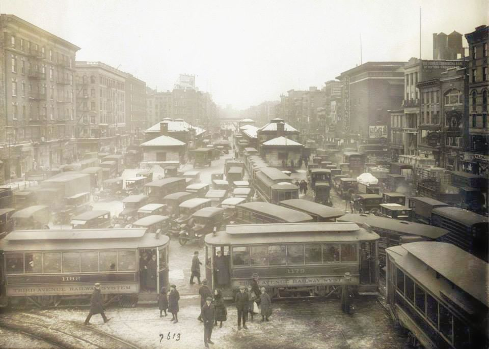 Chinatown    from    Williamsburg Bridge    (1923)  | Image: New York City, Department of Records
