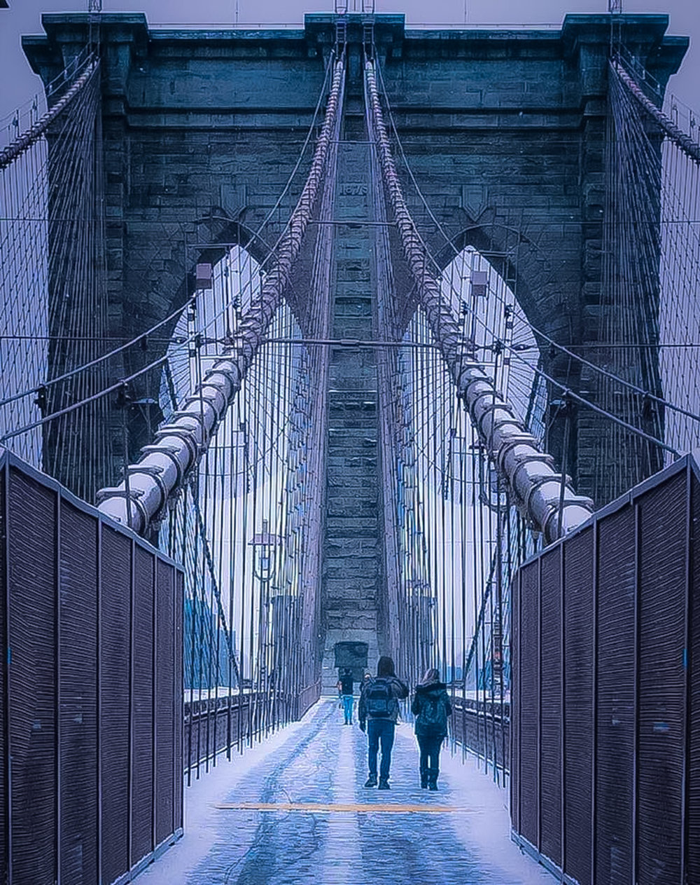 Brooklyn Bridge: 135 years of resilience under the toughest weather conditions. Photo: Lucas Compan