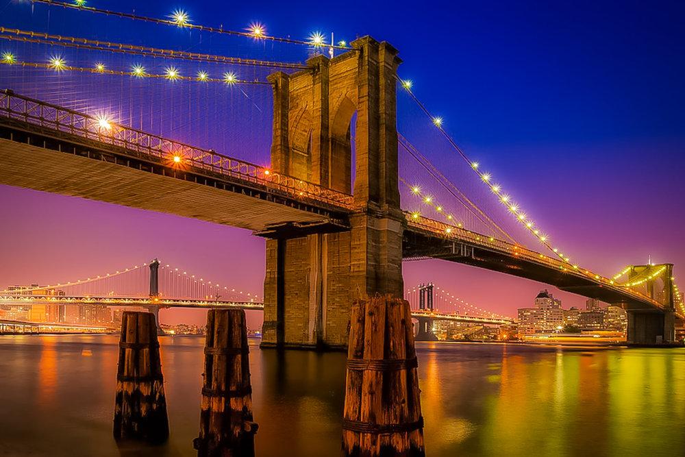 IL PONTE DI BROOKLYN E ILPONTE DI MANHATTAN FOTOGRAFATI DA MANHATTAN. FOTO: LUCAS COMPAN