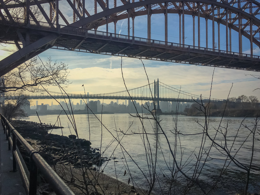 THE CINEMATOGRAPHIC VIEW OF MANHATTAN SKYLINE FROM ASTORIA PARK, QUEENS, BYT THE EAST RIVER WATERFRONT. PHOTO: LUCAS COMPAN