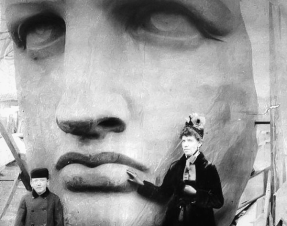 Built in 1883 by Frederic Auguste Bartholdi, it is said that he used his mother as the model for her face. The design was based on the Roman goddess of Liberty and has become one of the most iconic landmarks in the United States.