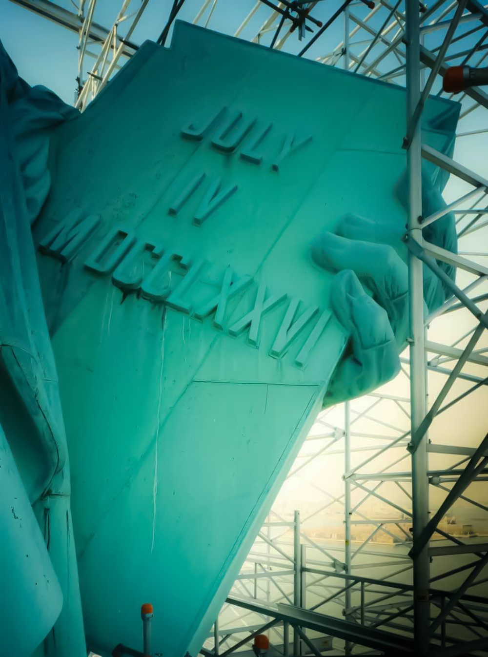 statue-of-liberty-piccola-new-yorker-freedom.jpg