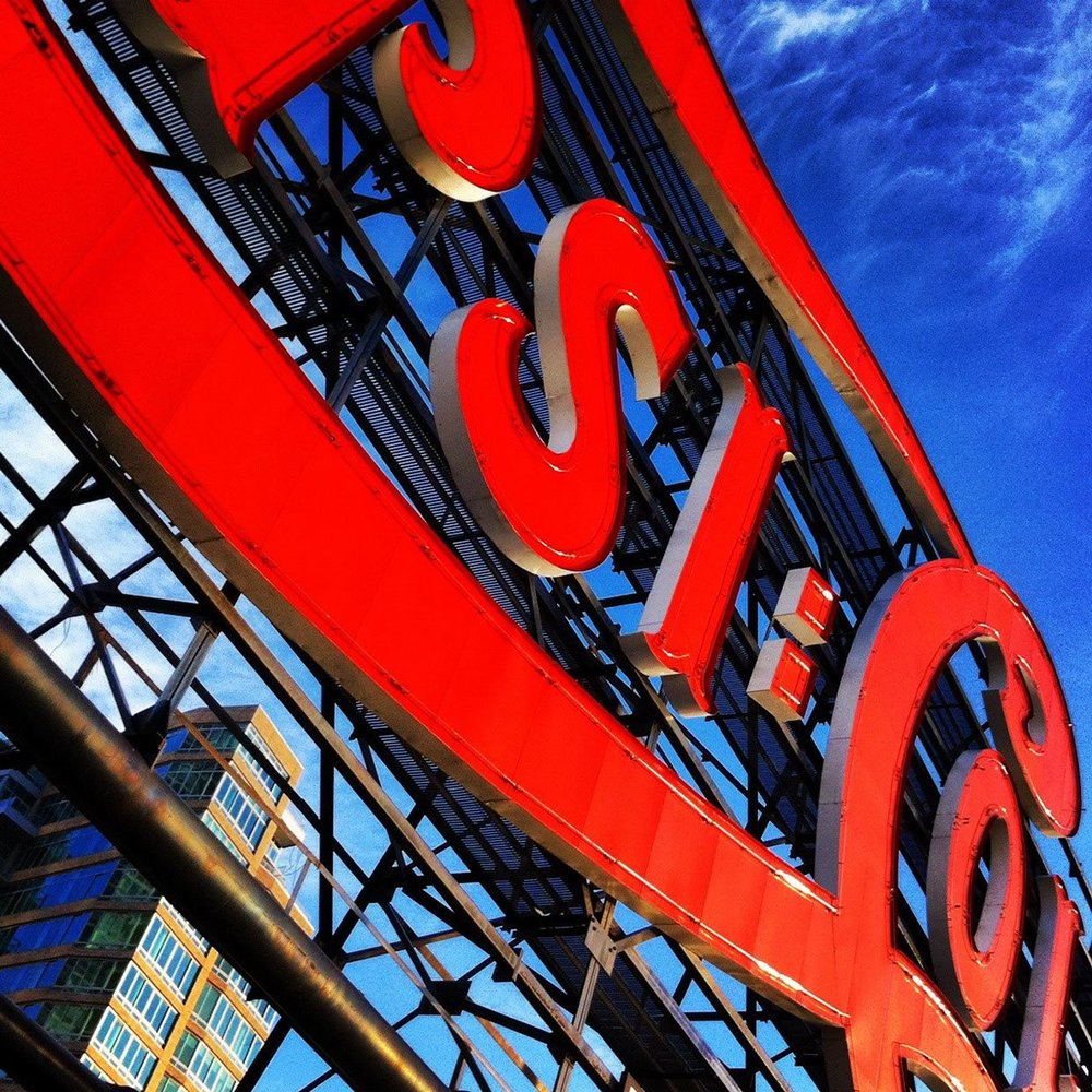 The classic Pepsi sign in Long Island City piers, Gantry State Plaza, Queens, New York. Photo: Lucas Compan