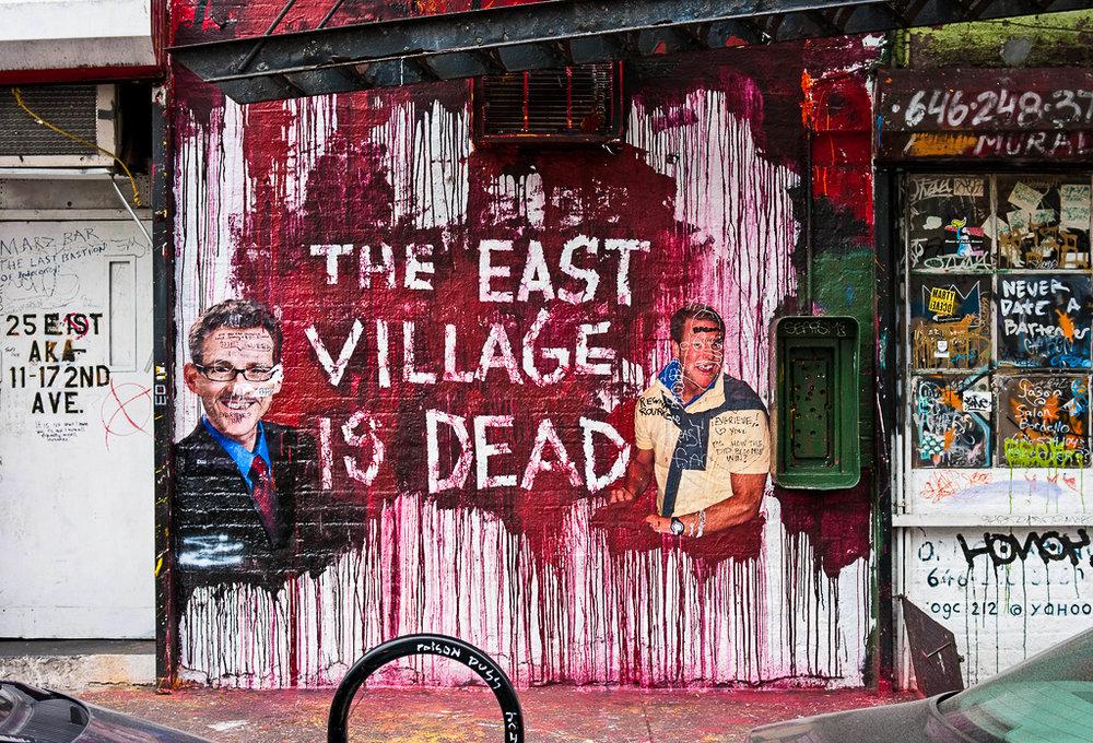 MARS BAR, TRA LA FIRST STREET E SECOND AVENUE NELL'EAST VILLAGE. DEMOLITO NEL 2011