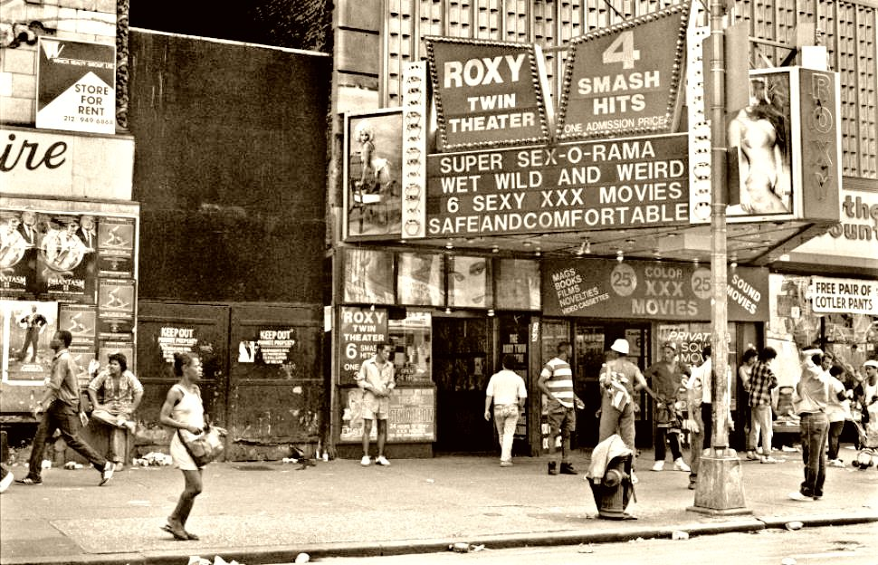 piccola-new-yorker-times-square-1980s-4.jpeg