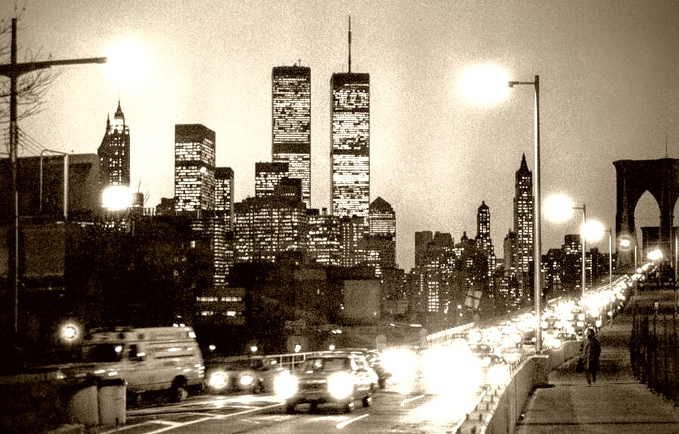 piccola-new-yorker-twin-towers-1980s.jpeg
