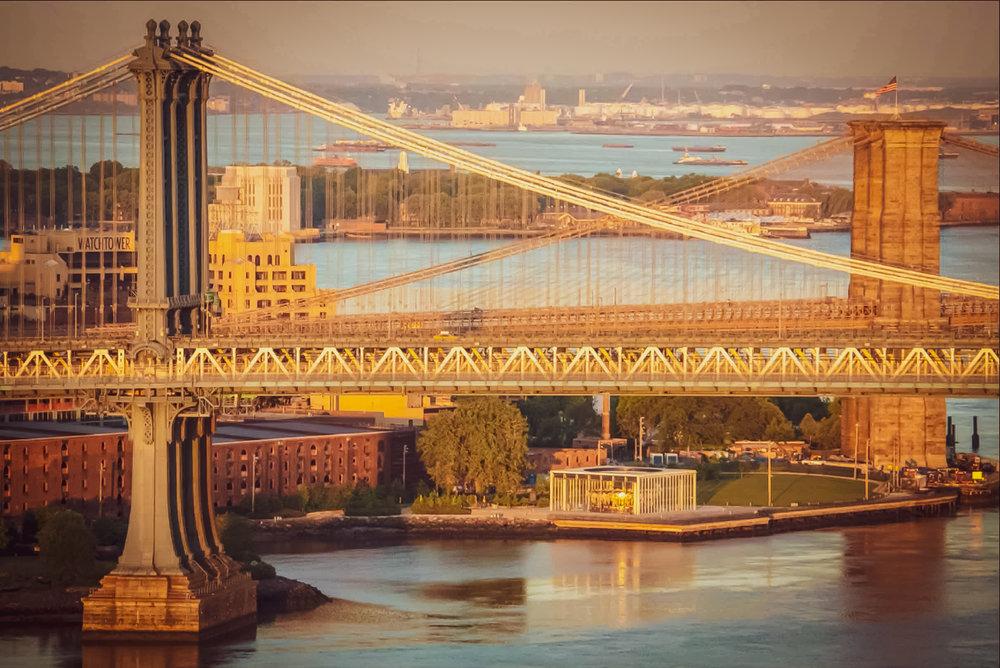 manhattan bridge, brooklyn bridge and jane's carousel (dumbo)