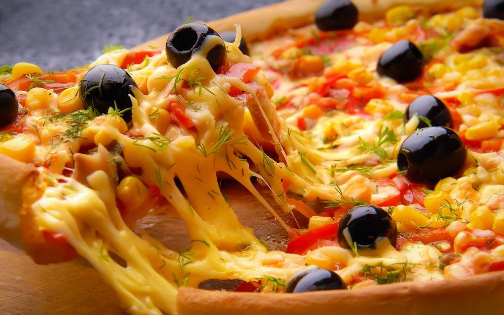 A NEW YORK, PIE SIGNIFICA SOLO UNA COSA: PIZZA.