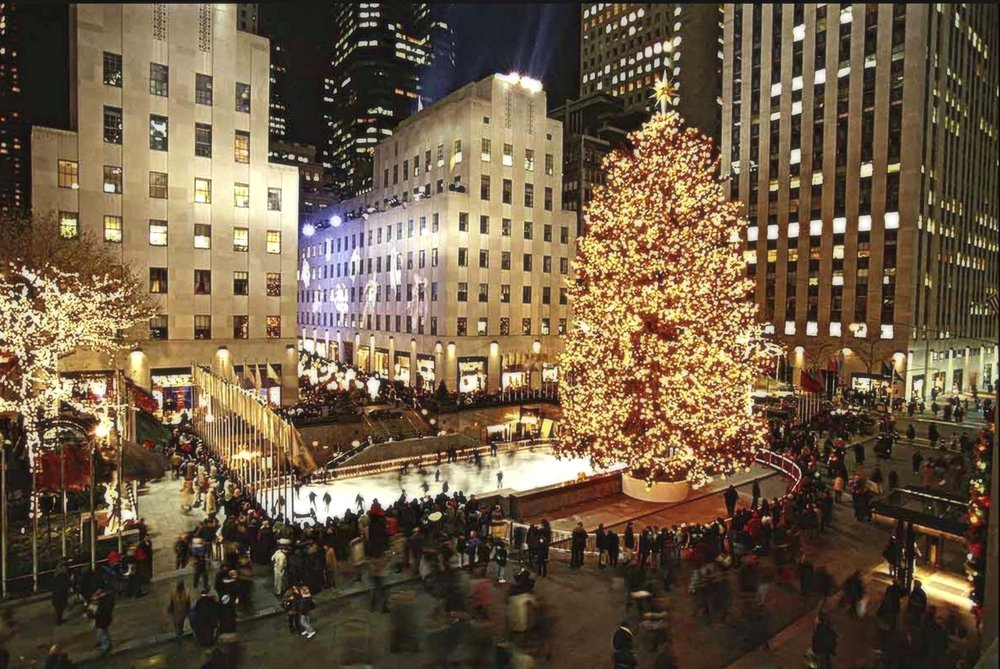 Christmas of 1999 boasts the largest tree in Rockefeller Center's history. Hailing from Killingworth, Connecticut, the tree stood at 100 feet tall. [100 feet (31 meters) tall, from Killingworth, Connecticut. This was the tallest tree ever until 2015]. Image: google