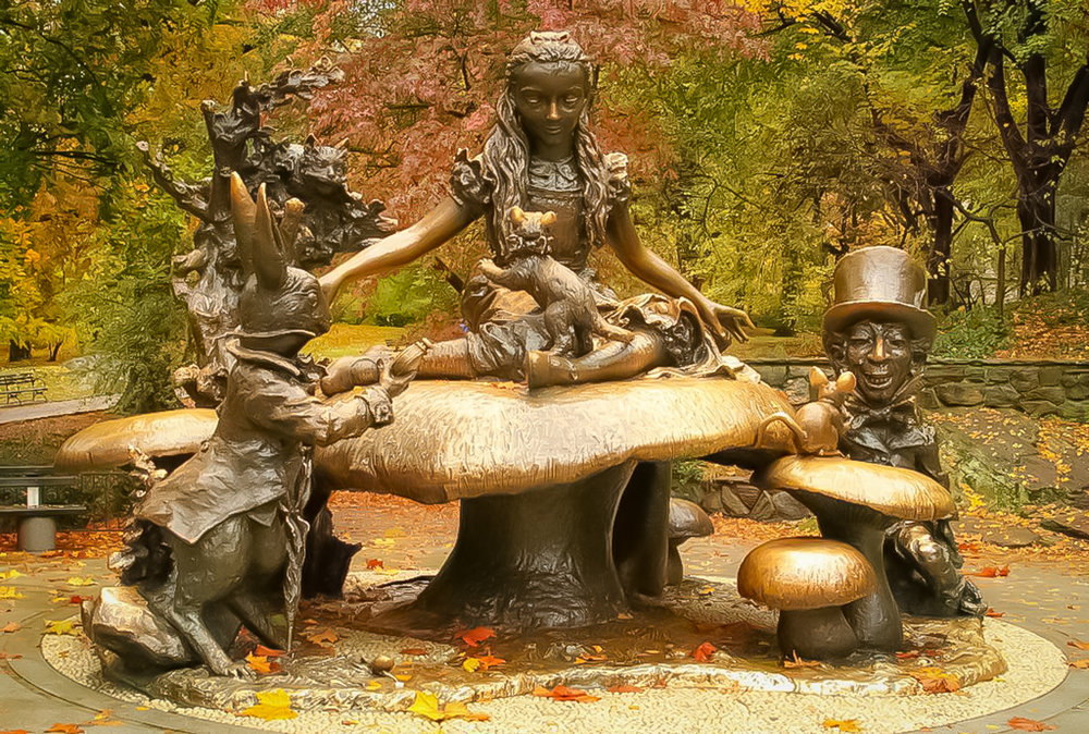 The heroine of the book Alice is seated atop a giant mushroom and the statue is thought to be a likeness of the designer's daughter Donna. The book's other characters like the White Rabbit, the Dormouse, and the Cheshire Cat are all placed around Alice. The statue of the Mad Hatter is supposed to be a caricature of George Delacorte himself. photo: lucas compan